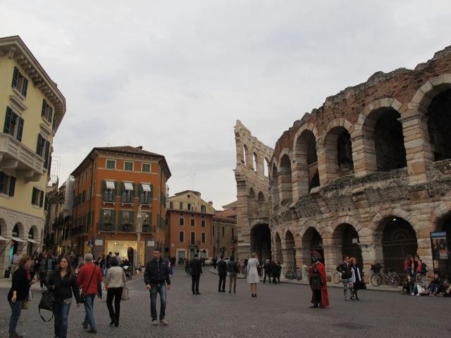 Verona connubio perfetto tra passato e presente - Distanza tra stazione porta nuova e arena di verona ...