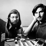 Woz e Steve - Apple-1 - Steve Jobs e Steve Wozniak con l'Apple-1, 1976