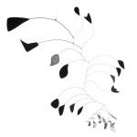 I Giganti dell'Avanguardia - 4.Alexander Calder: Arco di petali 1941 Alluminio dipinto e non dipinto e filo di ferro, altezza 214 cm circa Collezione Peggy Guggenheim, Venezia