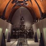 Museo Poldi Pezzoli - La Sala d'armi nell'allestimento di Arnaldo Pomodoro