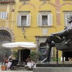 Puccini's statue in Piazza Cittadella