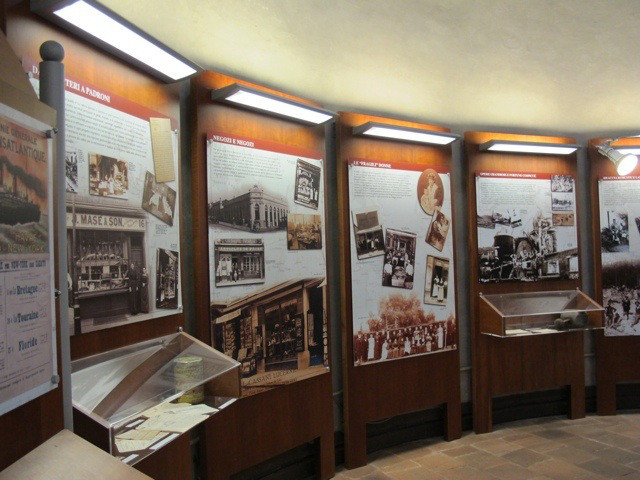 top-photo-immigration-story-board-in-the-museum-3.jpg