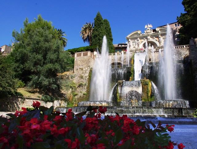 Visiting Tivoli and Villa D'Este Italian Money