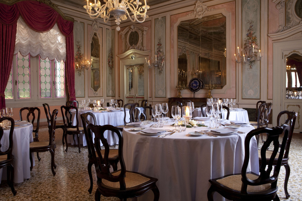 Marco Polo Ballroom at Luna Baglioni Hotel Baglioni Hotel official photo