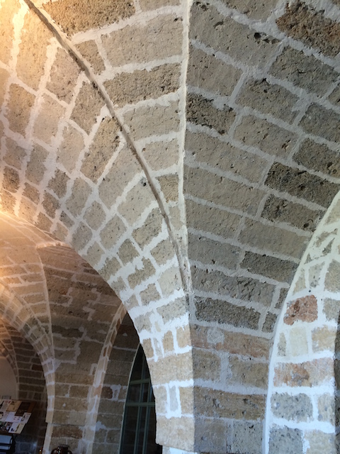 Li Veli 3 Limestone vaulted ceiling Photo by Victoria De Maio