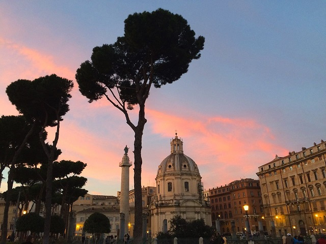 Winter in Rome _ Sunset _ www.gillianslistscom