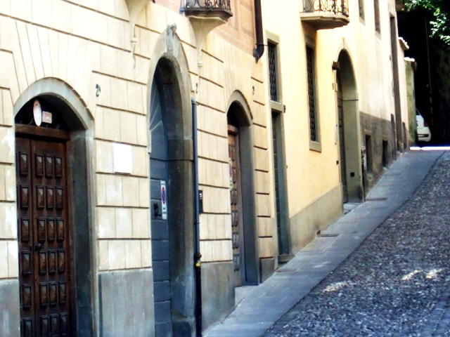 Bergamo An inclined street