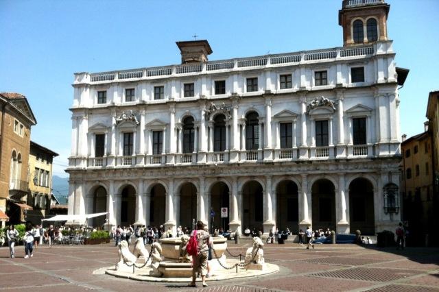 Bergamo Piazza Vecchia with Fountain Photo by Margie Miklas