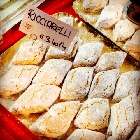 Photo by Michela Ricciarelli Almond cookies