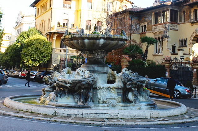 foto 4 Fontana delle Rane in Rome Photo by Claudia Tarquini