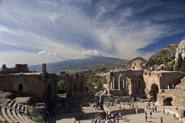 Teatro Greco, Taormina, Sicily  Photo by Michal David