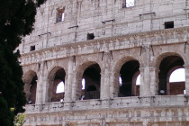 Rome Colosseum Photo by Marilyn Ricci 640