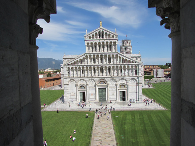 Pisa Photo by Aaron Crossley