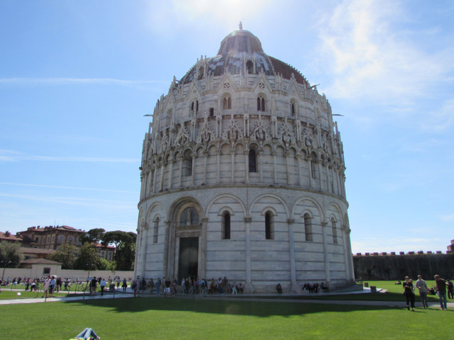 Pisa Photo by Aaron Crossley
