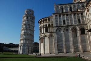 Pisa Photo by Jarek Grafik