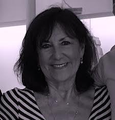 Victoria De Maio Bio head shot