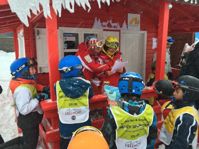 Ski teachers-2 Photo by Lisa Watson