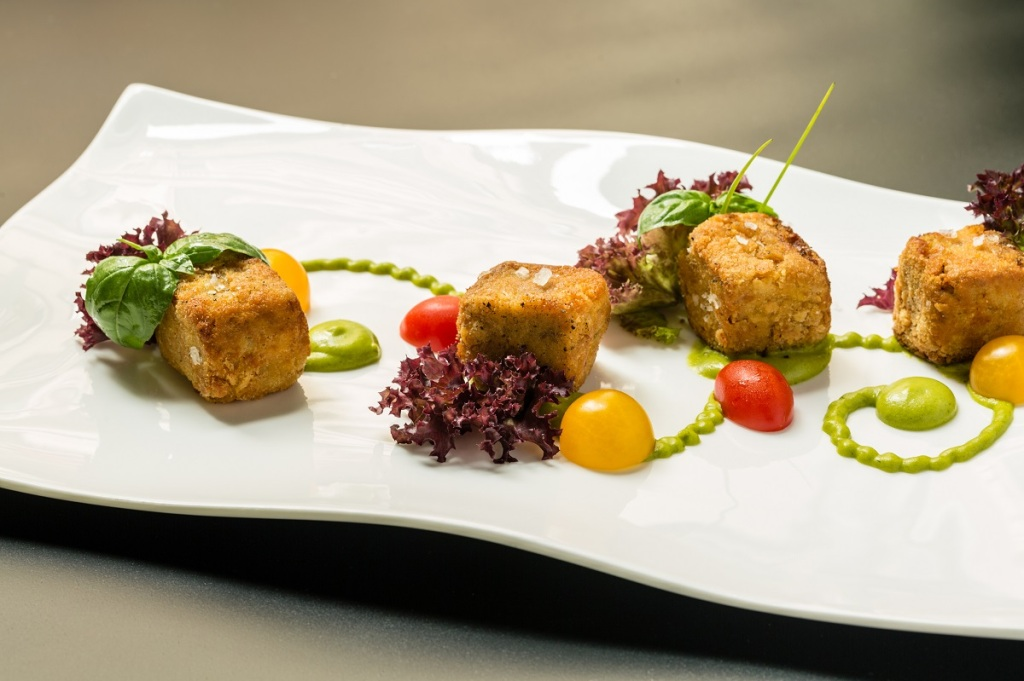 CUBI_DI_CODA_Chef_Sartori_BrunelloRestaurant Photo by DiegoDePol