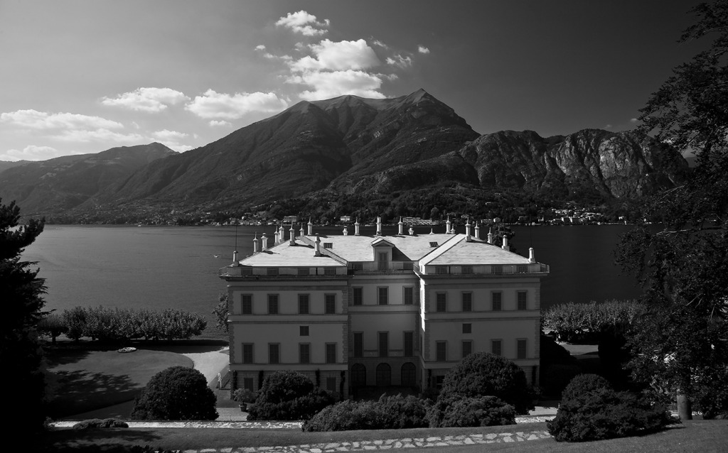 Lake Como photo by Michael David